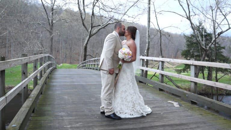 Kellyann and Shawns Hollowbrook Country Club Wedding Video